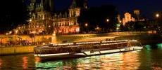 Bateaux-Mouches French cuisine Paris