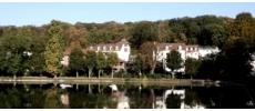 Le Café des Artistes (Les Etangs de Corot****) Traditionnel Ville-d'Avray