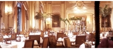 Le Cinq *** (Four Seasons Hotel George V *****) Haute gastronomie Paris