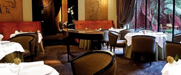 restaurant la table du lancaster haute gastronomie paris paris 8 me. Black Bedroom Furniture Sets. Home Design Ideas