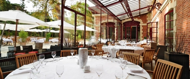 Restaurant les jardins de bagatelle traditionnel paris for Restaurant avec jardin paris