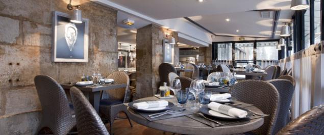 Restaurant Bar à Huîtres Place des Vosges - Paris