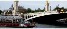 Les Bateaux Parisiens Traditionnel Paris