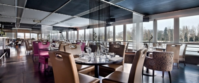 restaurant salon sur l 39 eau aqua caff traditionnel suresnes