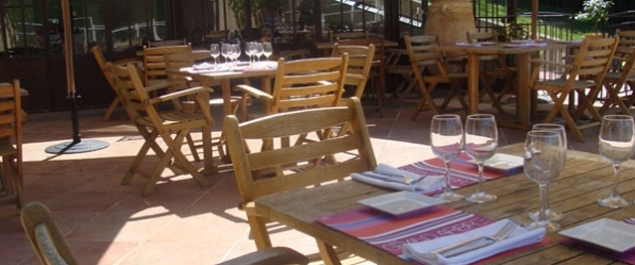 Restaurant Le Grand Arbre Photo Terrasse