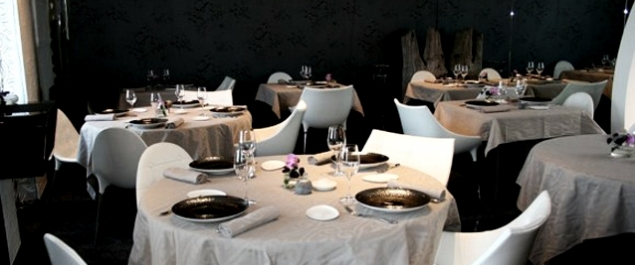 restaurant la marine haute gastronomie noirmoutier en l 39 le. Black Bedroom Furniture Sets. Home Design Ideas