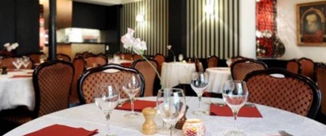 restaurant restaurant se cuisine du monde paris paris 17 me. Black Bedroom Furniture Sets. Home Design Ideas