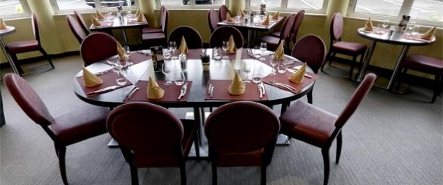 restaurant brit h tel le cottage traditionnel le mans. Black Bedroom Furniture Sets. Home Design Ideas