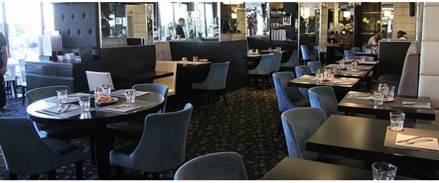 Restaurant L'OM Café - Brasserie du Port - Marseille
