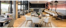 Kitchen and Bar Courtyard (Courtyard Toulouse Airport ****) Traditionnel Toulouse